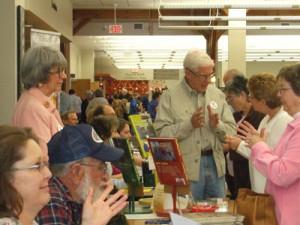 read-local-book-fair_crowd